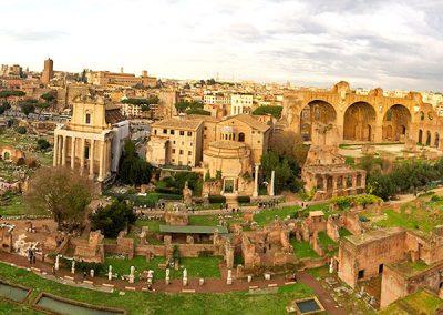 The Roman Forum in Rome Info & Tips