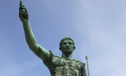 Facts about Julius Caesar: between History and Myth