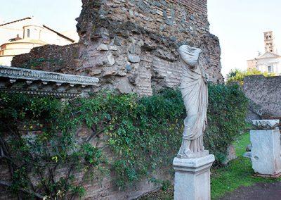 Temple of Vesta & House of Vestal Virgins in the Roman Forum