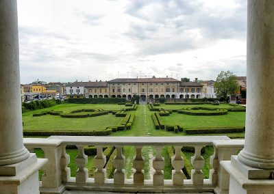 Villa Medici Facts & History